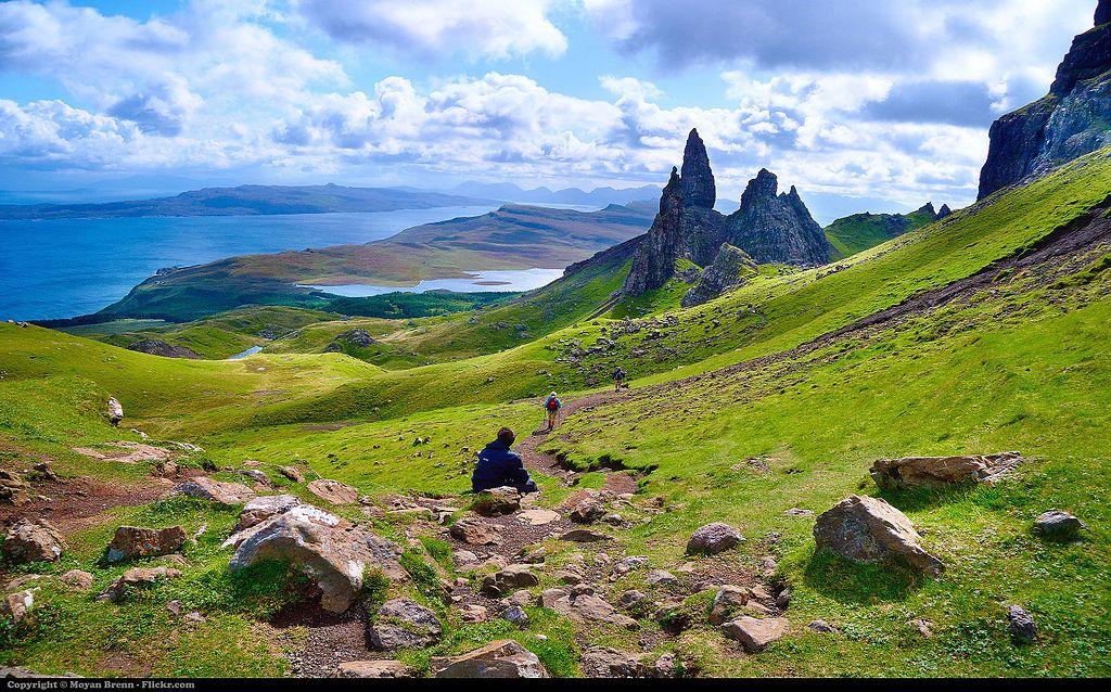 Paysage écossais avec l'île de Skye donc pas vraiment à Edimbourg mais la photo est belle - Photo de Moyan Brenn