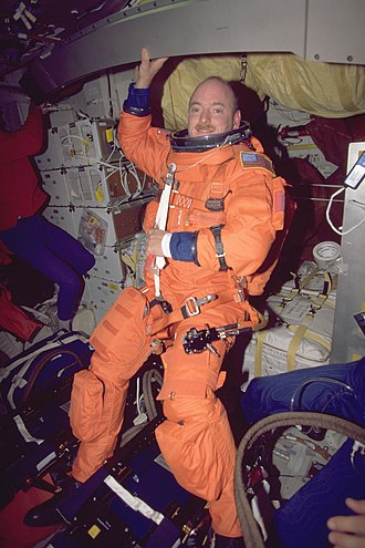 Scott Kelly (astronaut) - Kelly on STS-103 in a partial-pressure suit for reentry and landing (1999)