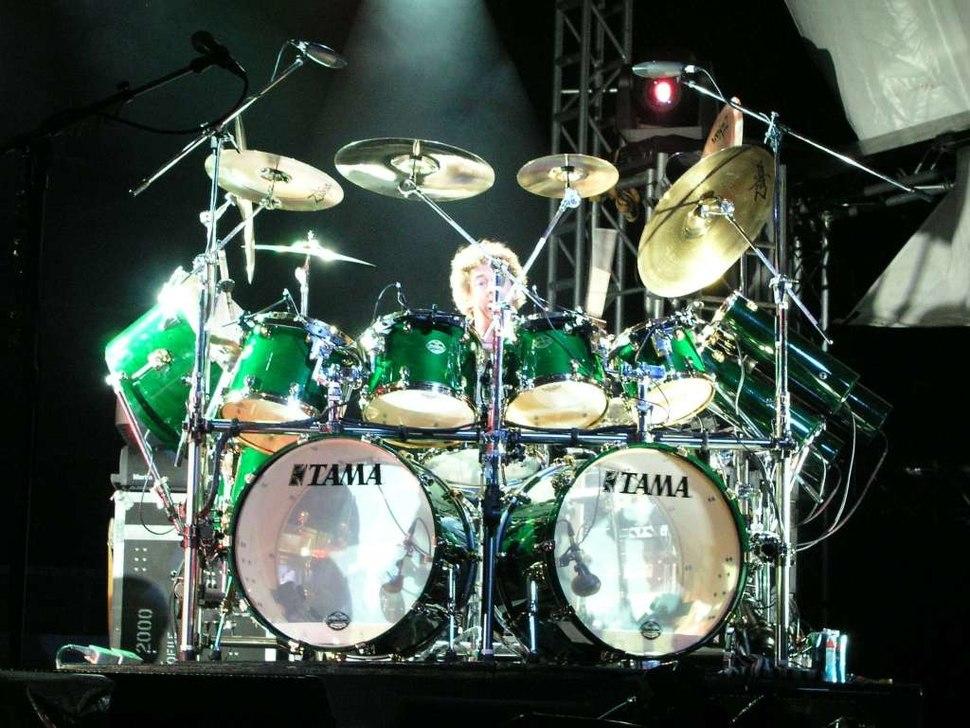 Simon Phillips on drums