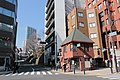 Small House on Corner near Roppongi (38725786250).jpg