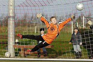 Giovane portiere di calcio