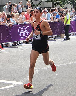 Song-Chol Pak (North Korea) - London 2012 Mens Marathon.jpg