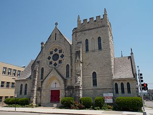 St. John's Episcopal Church (Dubuque, Iowa) - Image: St. John's Episcopal Church Dubuque, Iowa 01
