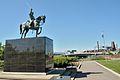 Statue Équestre de Bernardo O'Higgins - Parc de l'Amérique-Latine à Québec.jpg