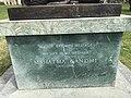 Statue of Mohandas K. Gandhi in Geneva - 5.JPG