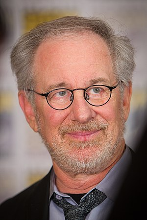 English: Steven Spielberg at the 2011 San Dieg...