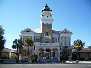 The Suwannee County Courthouse in Live Oak
