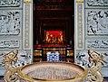 Taipeh Guandu Temple Haupthalle Räucherstäbchenhalter.jpg
