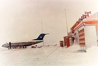 Agrupación Aérea Presidencial - Fokker F28 T-01 at Marambio Base, Antarctica, 1973.