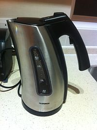 Telefunken electric appliance water boiling Oct-2011 HK.jpg