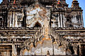 Thatbyinnyu temple (120147).jpg