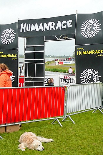 English: The Human Race triathlon - the end Th...