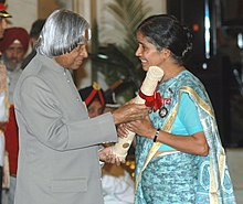 The President, Dr. A.P.J. Abdul Kalam presenting the Padma Shri Award – 2006 to Sister Sudha Varghese, a courageous social activist, in New Delhi on March 20, 2006.jpg