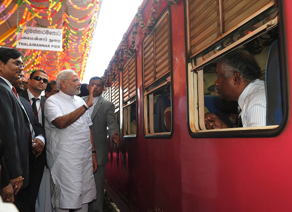 The Prime Minister, Shri Narendra Modi unveiled the plaque to inaugurate the Talaimannar Pier Railway Station, in Sri Lanka on March 14, 2015