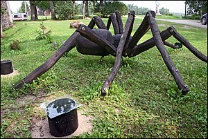 Biksēre Manor - Image: The Spider in Biksere manor park