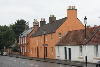 Inveresk - Typical 18th-century houses at the east end of Inveresk Village