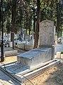 Thessaloniki Cemetery 16.jpg
