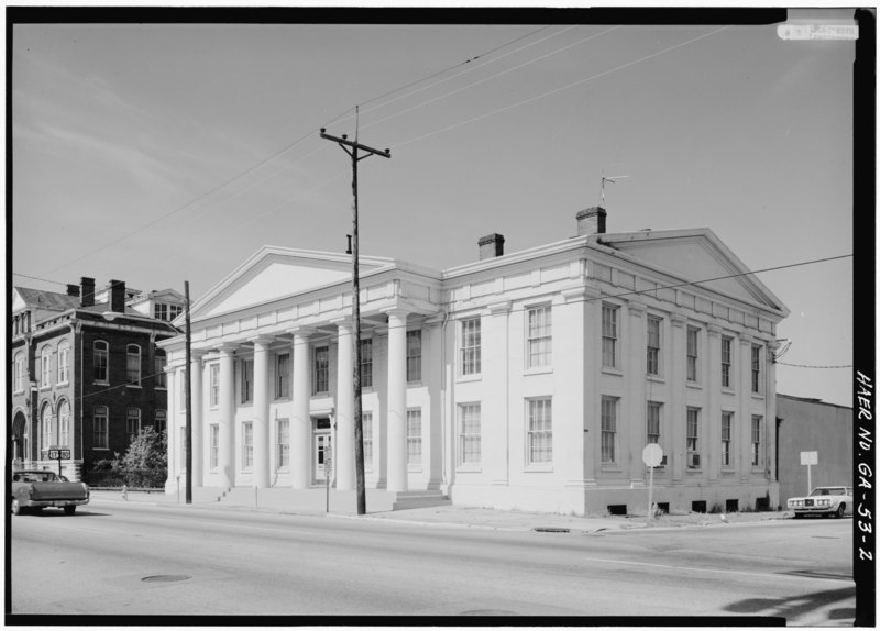File:Three-quarter view from NE of E elevation - Central of Georgia Railway, Gray Building, 227 West Broad Street, Savannah, Chatham County, GA HAER GA,26-SAV,57A-2.tif