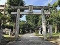 Torii of Suga Shrine in Munakata, Fukuoka 3.jpg