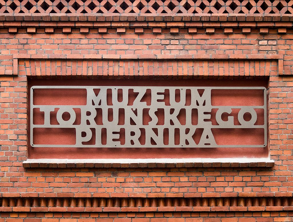 Torun Muzeum Piernika szyld