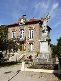 Town Hall of Villeneuve Saint-Denis P1060804.JPG