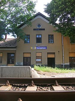 Train Station, Seregélyes 03.jpg
