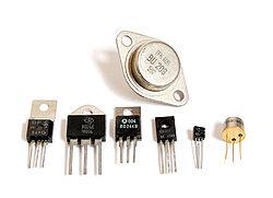 Иногда их называют МДП (металл-диэлектрик-полупроводник)- транзисторы.  Международный...  Материал взят с http...