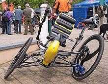 Tilting three-wheeler - Wikipedia