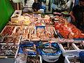 Tsukiji fish market2.jpg