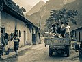 Tunnel Drivers, Qinling Mountain Range, Xi'an (11622210353).jpg