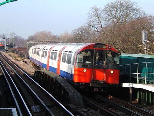 Turnham Green station 2007