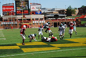 2008 Maryland Terrapins football team - Quarterback Josh Portis rushes for the final touchdown against Eastern Michigan.