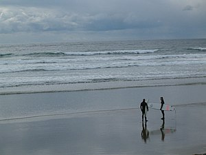Ucluelet - Surfing on the beaches of Ucluelet