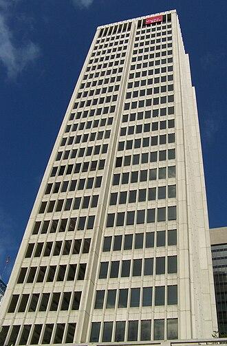 Union Bank of California Building - Image: Union Bank CA San Diego Apr 09