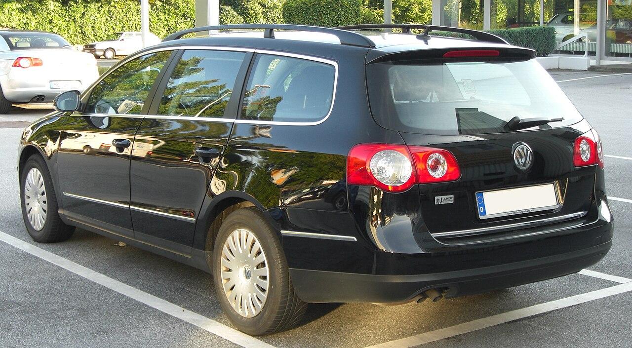 File Vw Passat Variant Rear 1 Jpg Wikimedia Commons