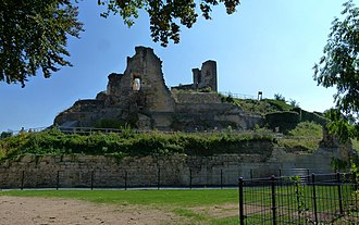 Capture of Valkenburg (1574) - Photography of the ruins of Valkenburg Castle in 2013.