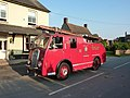 Vintage fire engine (geograph 3076353).jpg
