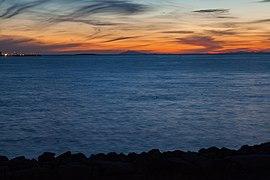 Vista de Reikiavik desde el Paseo de la Bahía, Distrito de la Capital, Islandia, 2014-08-13, DD 165.JPG