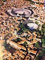 Vue aérienne d'Arles.JPG