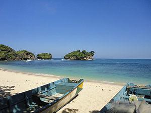 Pacitan Regency - Watu Karung Beach, Pringkuku, Pacitan