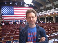 Wayne Kramer (Director) at Naturalization ceremony.jpg