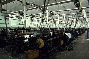 Lancashire Loom - Image: Weaving shed, Queen Street Mill geograph.org.uk 680867