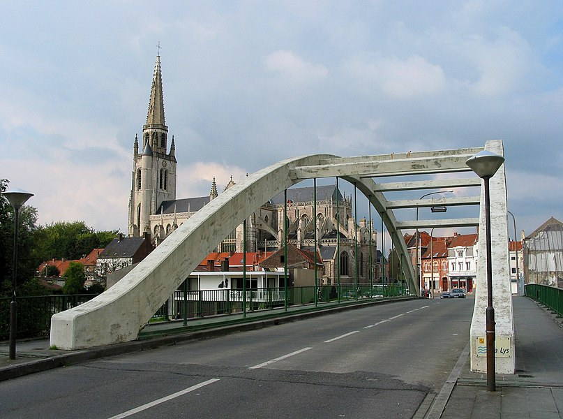 Wervik (Belgium),  the bridge on the lys river and the St. Medardus church.