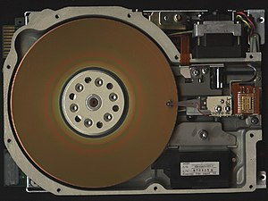 ST-506 - Seagate ST 506 5¼-inch HDD with cover removed.