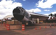 Wings-museum B-52-front