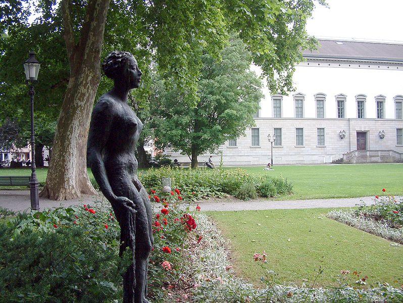 Archivo:Winterthur park oskar reinhart museum.jpg