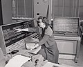 Woman operating Census Univac 1105.jpg
