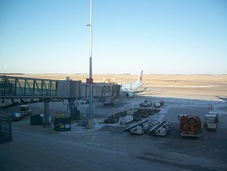 Winnipeg James Armstrong Richardson International Airport - Air Canada Embraer E190 at the gate