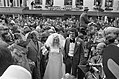 Zangeres Corry Konings (voorheen van de Rekels) getrouwd met Piet Roelen in Chaa, Bestanddeelnr 926-5737.jpg