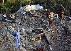 Zarqawi safe house rubble, June 8 2006.jpg